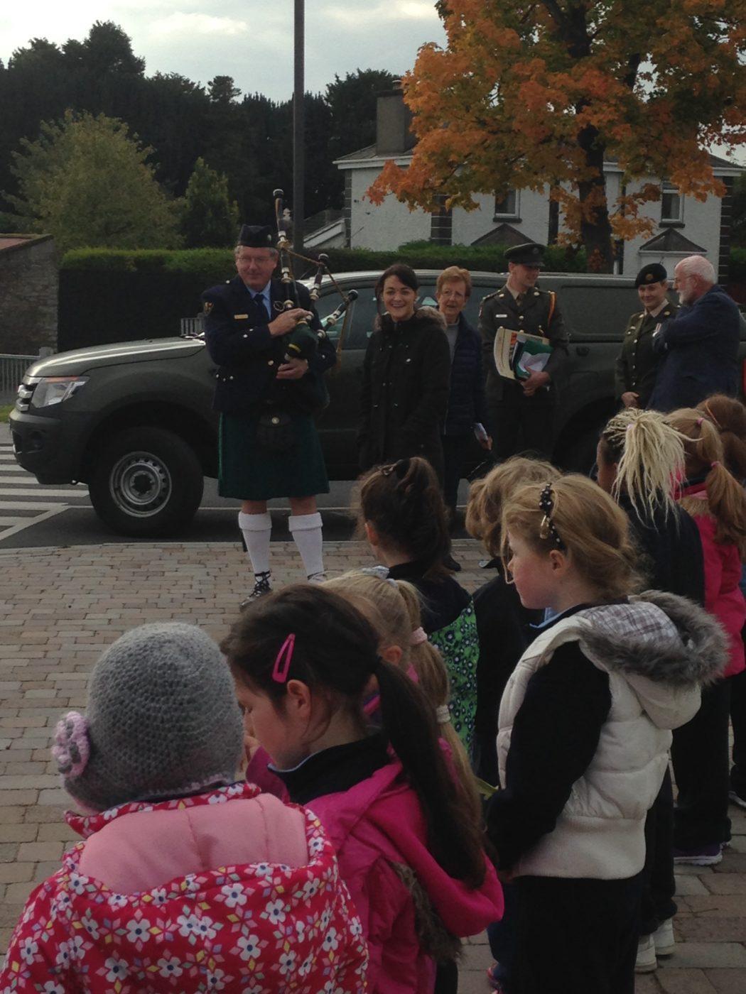 scoil choca receives the irish flag and proclamation scoil chóca